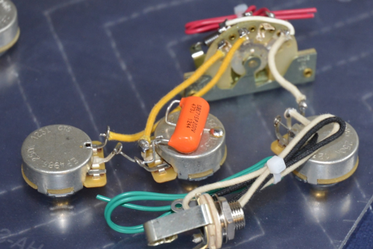 Standard Stratocaster Wiring Harness – 5-Way Switching | Hoagland CustomHoagland Custom