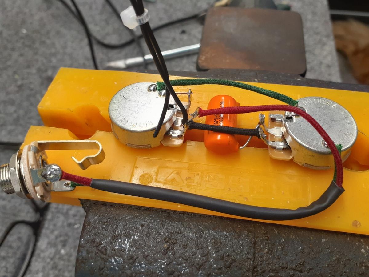 A 1 Humbucker Wiring Harness – 1 standard volume & 1 standard tone (think Les  Paul Jr.) | Hoagland Custom | Guitar Wiring Harness Volume Tone Tone |  | Hoagland Custom